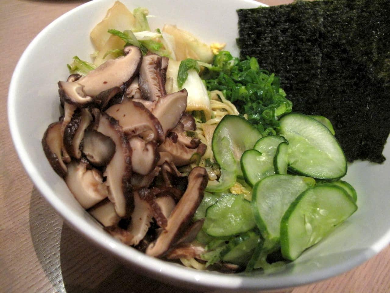 Momofuku Noodle Bar Toronto: Ginger Scallion Noodle Bowl with shiitakes, cucumber, cabbage