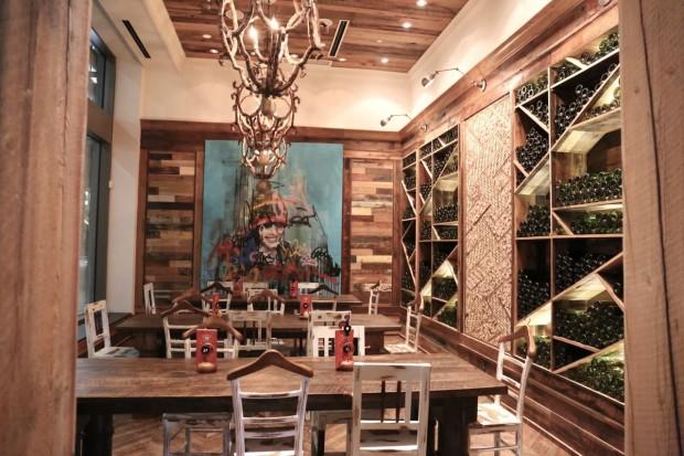 Nando's Toronto: Portuguese Chicken Restaurant