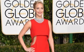 160110200546-golden-globes-red-carpet-2016---jennifer-lawrence-super-169