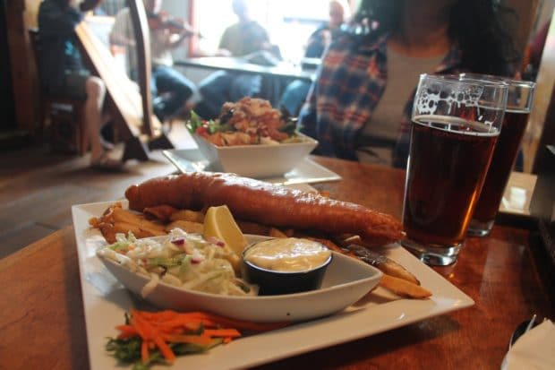 Meet locals over lunch at Canoe & Paddle Pub.