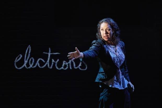Theatre Passe Muraille's Alien Creature Wooes the Millennial Subconscious