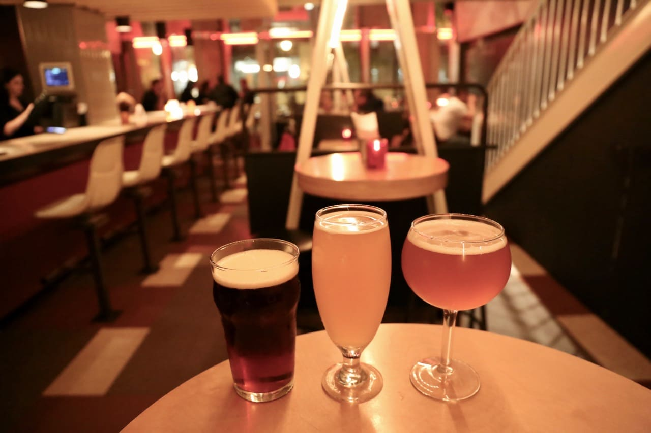 Located just a stone's throw from the impressive Notre-Dame Basilica in Old  Montreal, Bistro Brasserie Les Soeurs Grises offers a casual pub menu and  nine ...