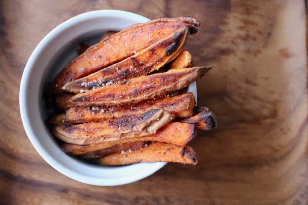 How to Make Crispy and Healthy Baked Sweet Potato Fries