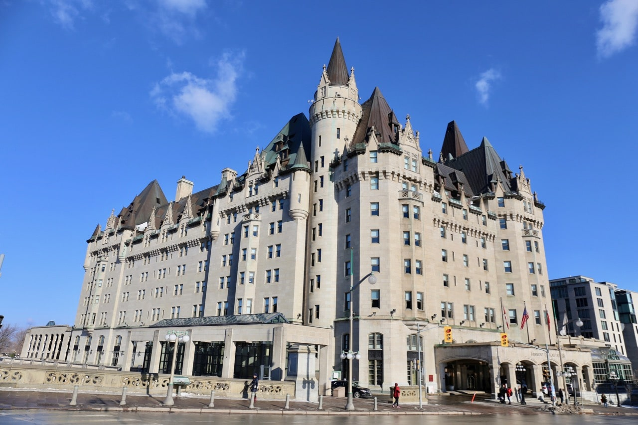 Luxury living at fairmont chateau laurier in ottawa for Hotel design ottawa