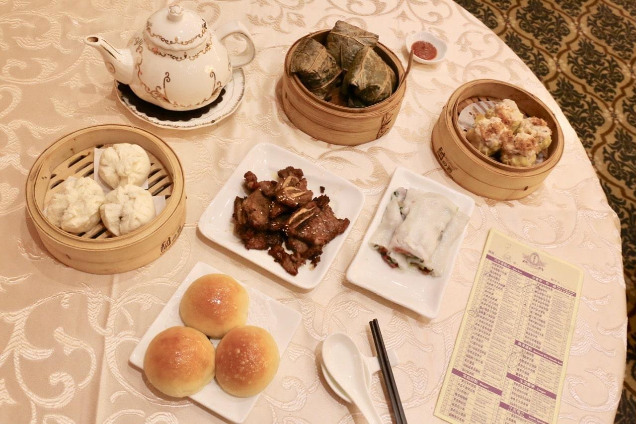 Markham Restaurants: Chinese dim sum brunch at Casa Victoria.