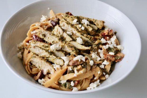 Creamy Mediterranean Hummus Pasta with Pesto Chicken