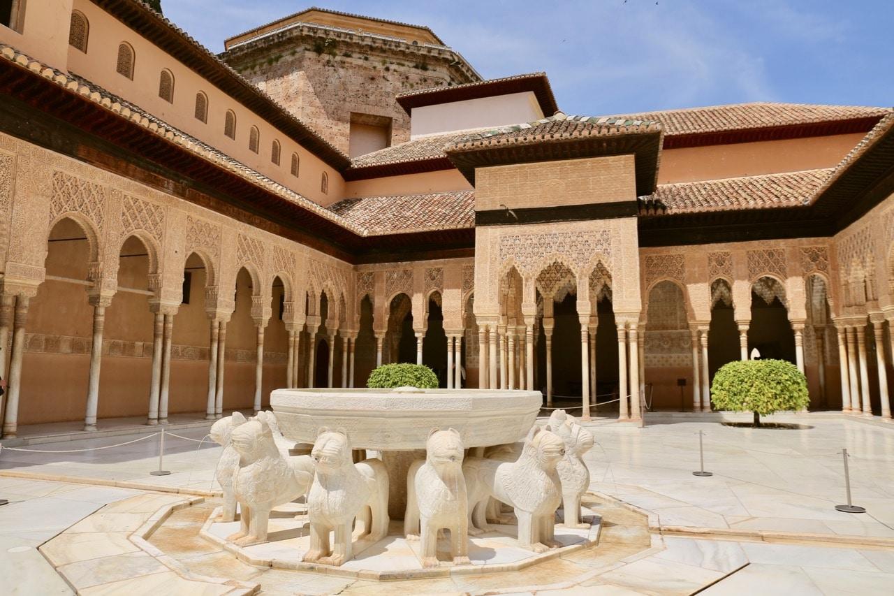 Things To Do In Granada | dobbernationLOVES