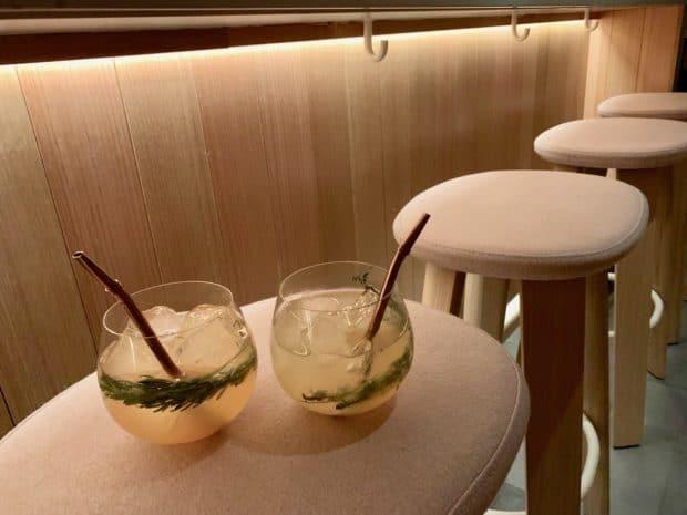 Craft cocktails at the Sara Toronto bar