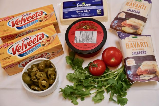 Velveeta Cheese Dip ingredients.