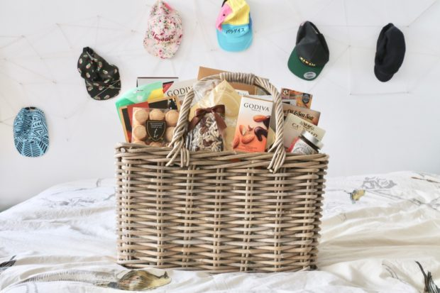Toronto Gift Baskets: Easy Online Gifts For Mother's Day and Christmas