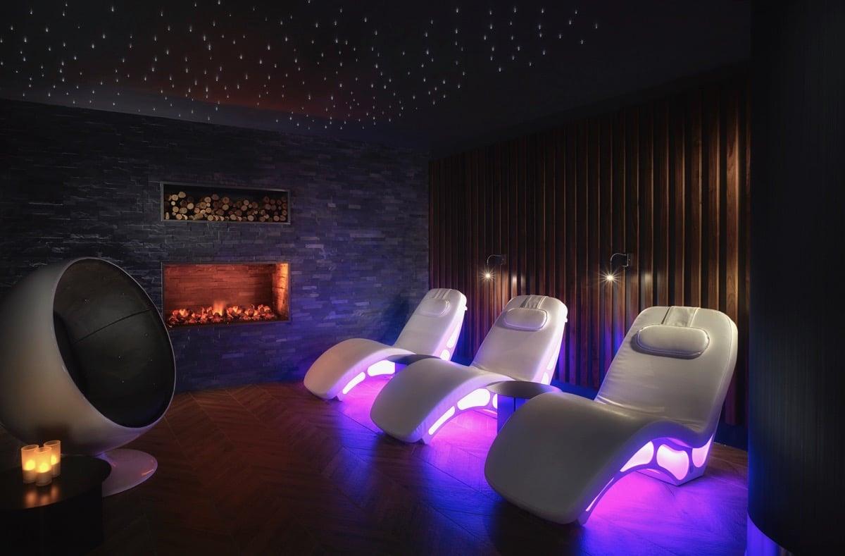 Things To Do In Edinburgh At Night: enjoy relaxing therapies at Sheraton Hotel Edinburgh's One Spa.
