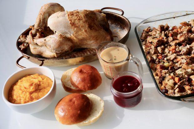 Turkey Cranberry Sandwich ingredients
