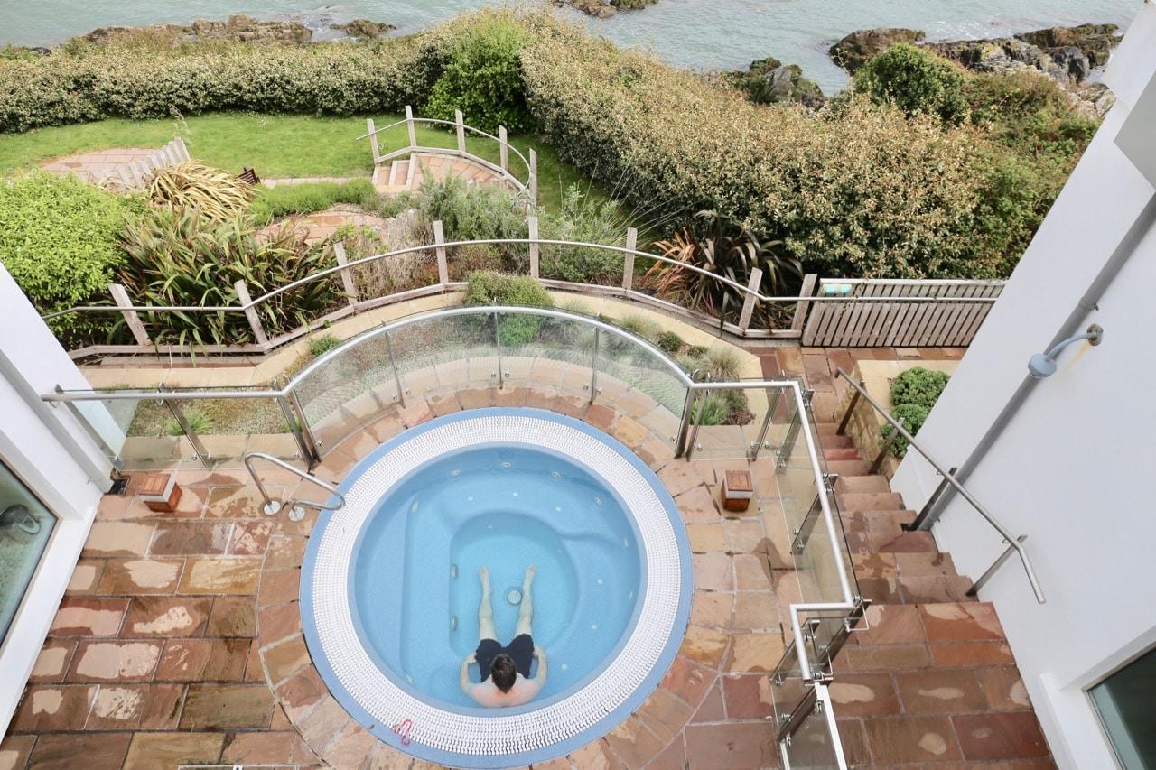 Spa Breaks Ireland: Cliff House Ardmore offers seaside views from an al fresco hot tub.