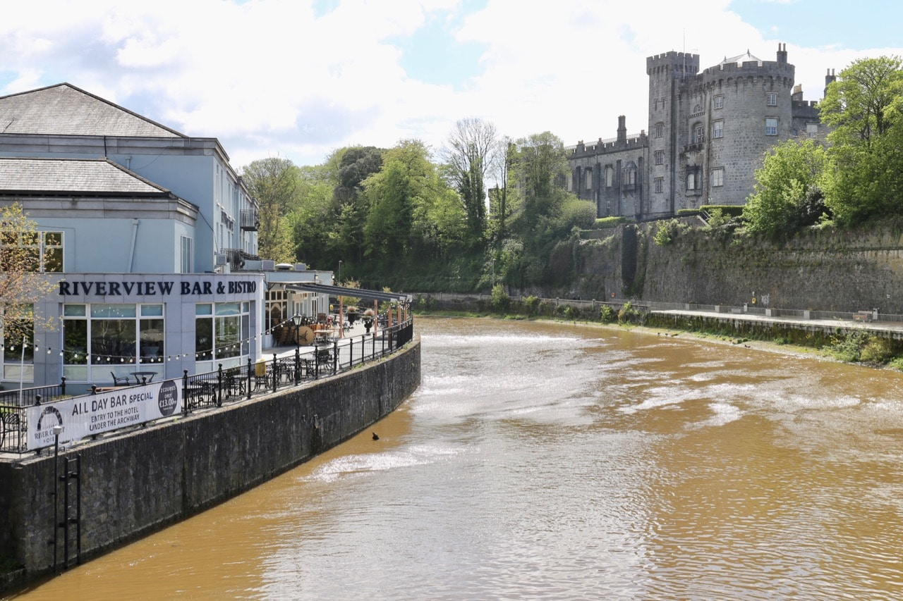 Things to do in Kilkenny: Enjoy a bike ride, walk or al fresco feast on the River Nore.