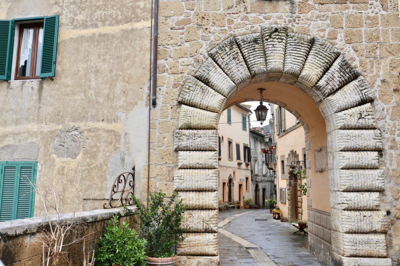 Sorano's main entrance gate is located beside the village's tourism office.