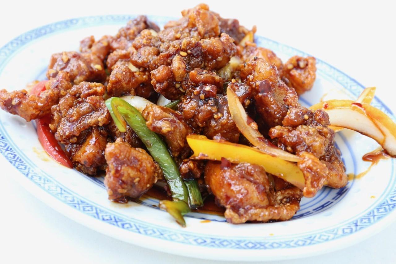 Chop Chop Toronto: Chinese Restaurant on Dundas West